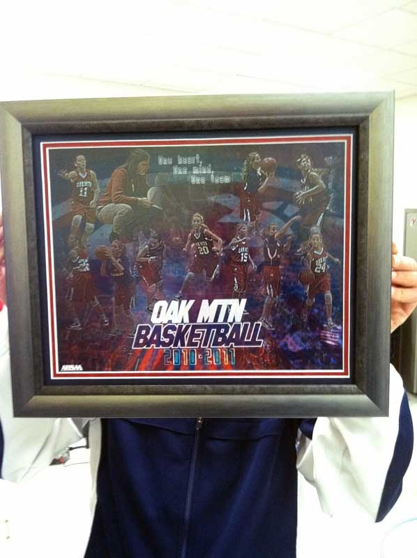 Thanks to Coach Noel (yes, the one that is hiding) for getting us a photo of her customized team basketball collage, after having it framed and matted.  She did a great job on choosing a frame and matte to really compliment the overall design.  If anyone else has their design in a matte or frame or on your desk or wall, please send us a photo.  Did you send it yet? :)Custom Team, Basketball Collage, Team Basketball, Noel Ye, A Frames, Coaches Noel