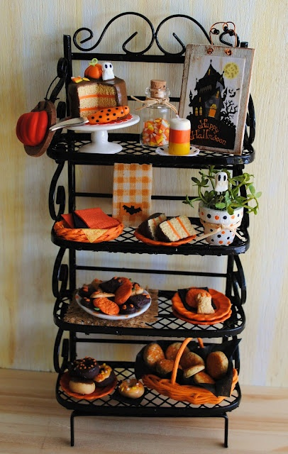 Awesome miniature Halloween Bakers Rack  Dollhouse