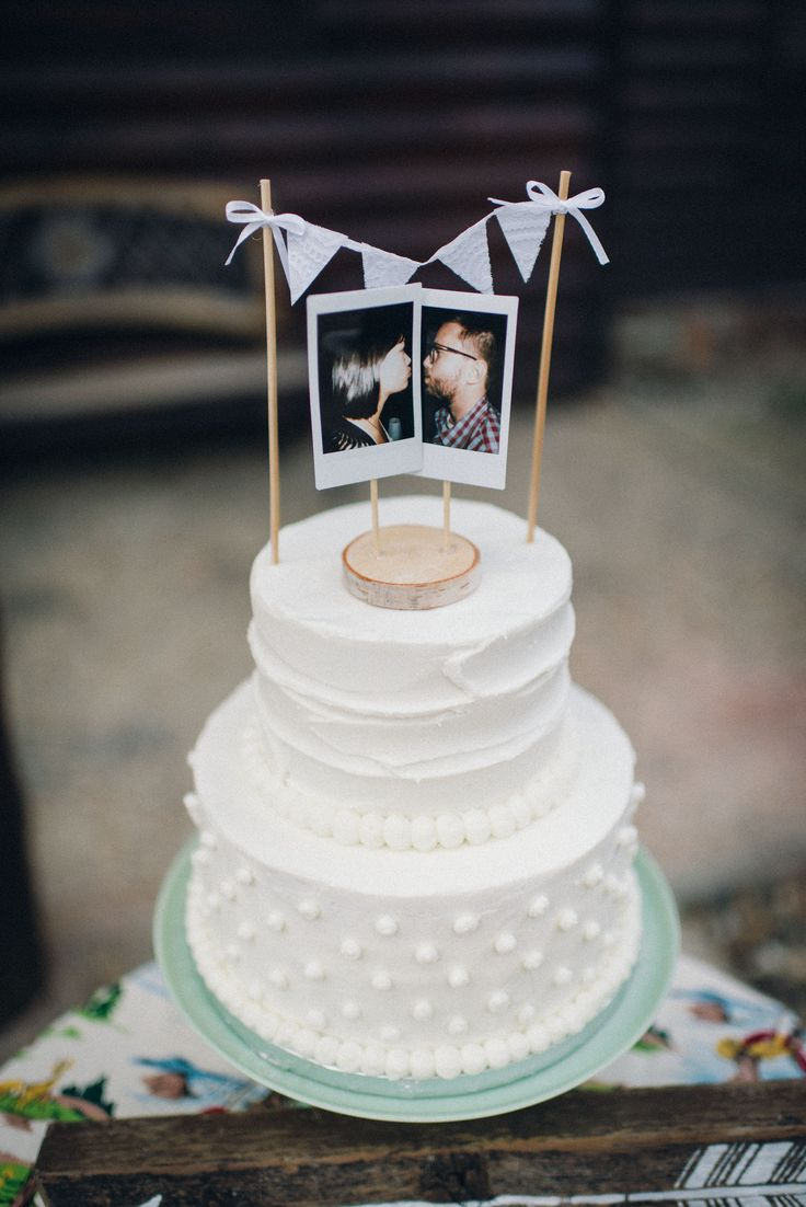 Vintage-Inspired Polaroid Photo Cake Topper