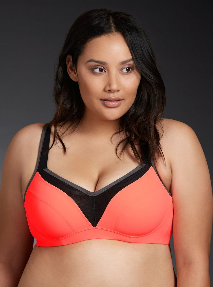 Plus Size Underwire Sports Bra