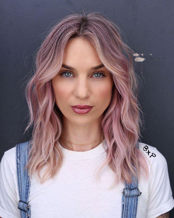 Пепельно розовый цвет волос фото звезд всего лишь