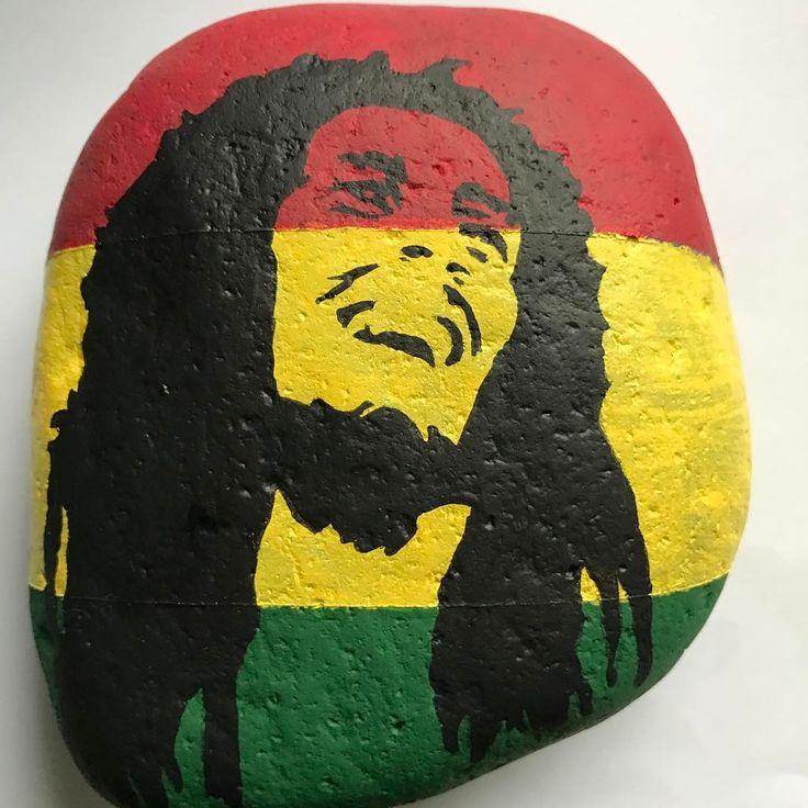 #bobmarley #reggae #rasta #music #art #stoneart #rockpaintings #rockpainting #rockart