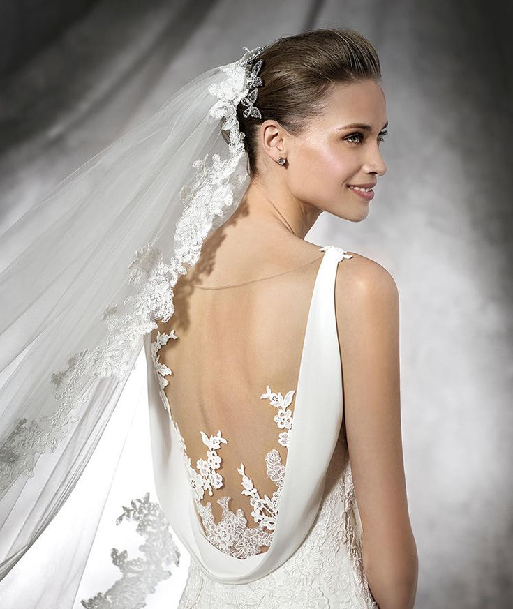 Best Hairstyle For V Neck Wedding Dress : 26 best crazy for pronovias images on pinterest
