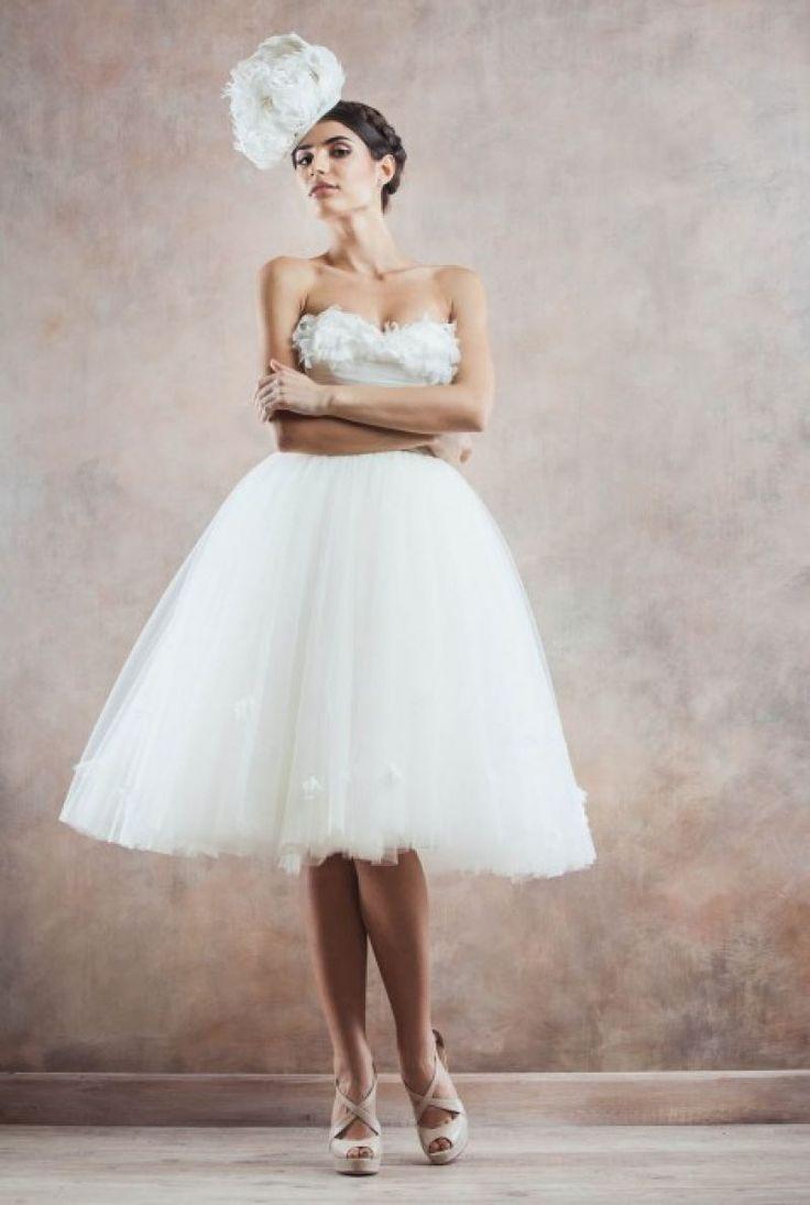Cele mai frumoase rochii de mireasa scurte