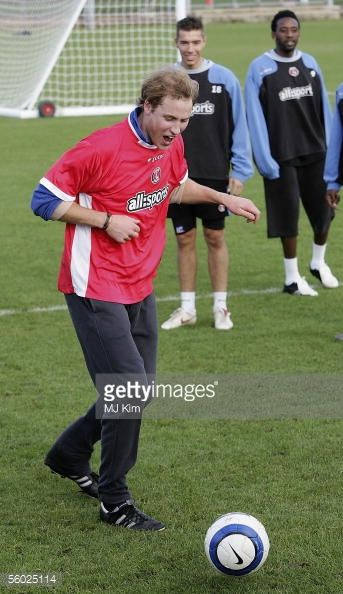 News Photo : Prince William visits Charlton Athletic FC...
