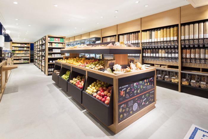 Antoine Mege L Epicerie Des Pres Supermarket Design Grocery Supermarket Food Retail