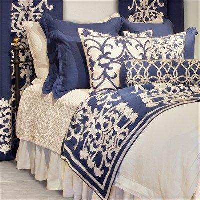 Lili Alessandra Jon L, Lovely Blue & White Duvet Cover..