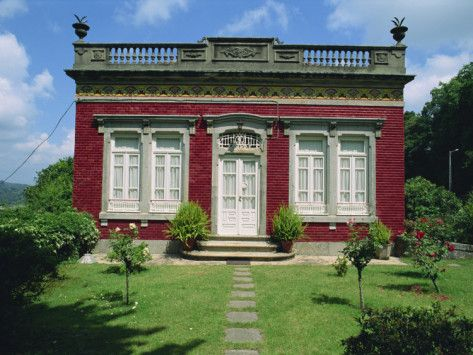 http://www.allposters.com/-sp/An-18th-An 18th Century Miniature Mansion, Braga, Minho Region, Portugal. Photo by Maxwell Duncan
