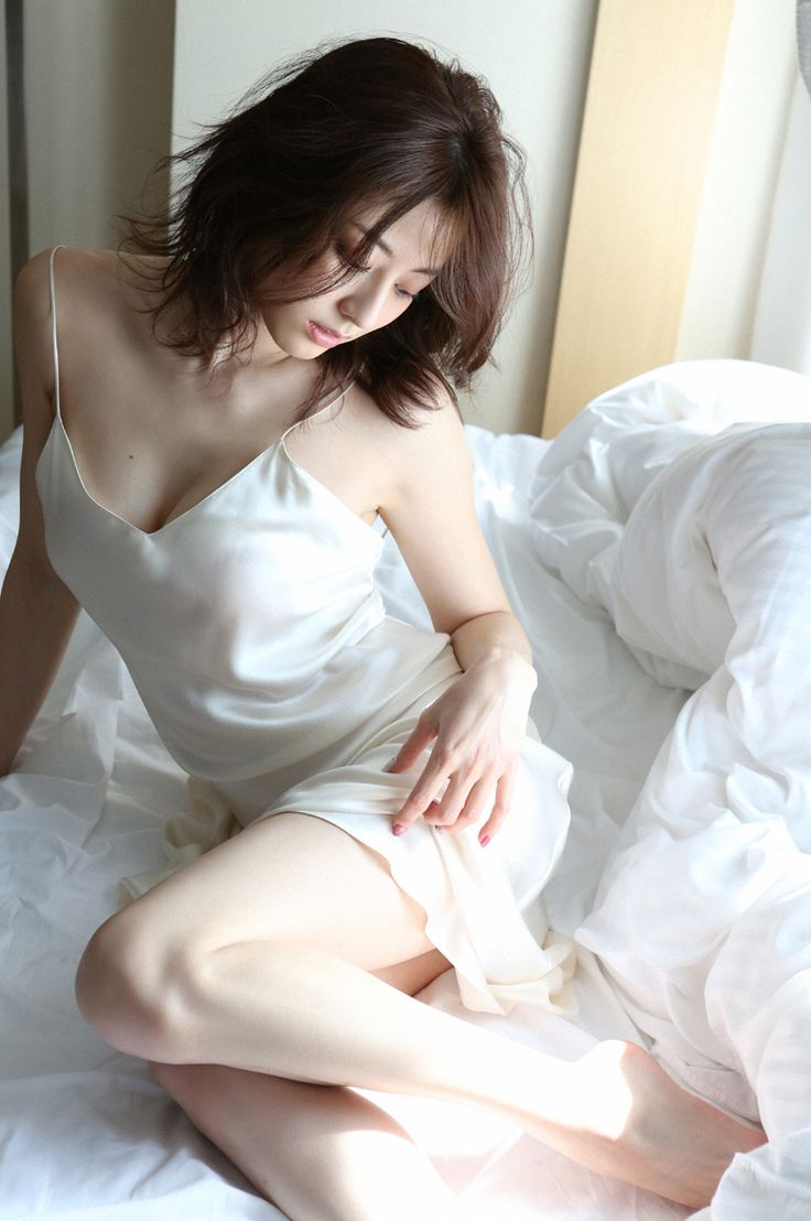 Yumi Sugimoto (杉本有美), Weekly Playboy, 2015, No.18 (#7/7)