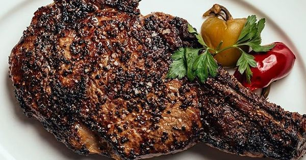 The 12 Best Steakhouses in Chicago, Ranked via @PureWow