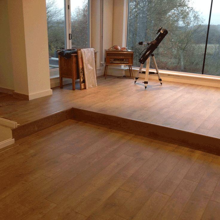 29 best blinds wallpaper floorings furnishing for Pavimenti ikea laminati
