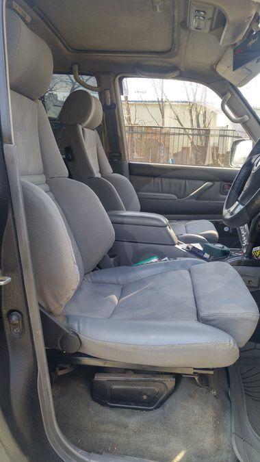Продается Toyota Land Cruiser 1997 во Владивостоке, Водительское и пассажирское кресла - Recaro с электроприводами, черный, бензин, джип (suv), 4вд, коробка автомат