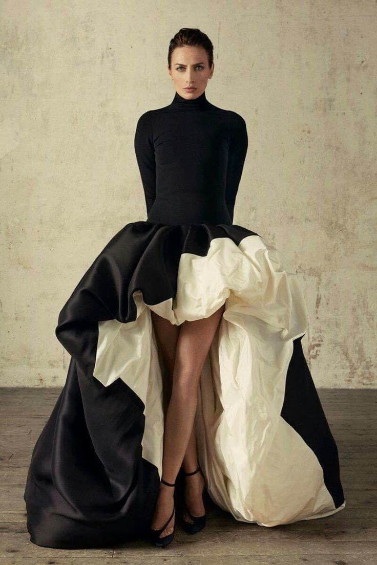 Stephane Rolland Fall Winter 2016 Couture Collection.