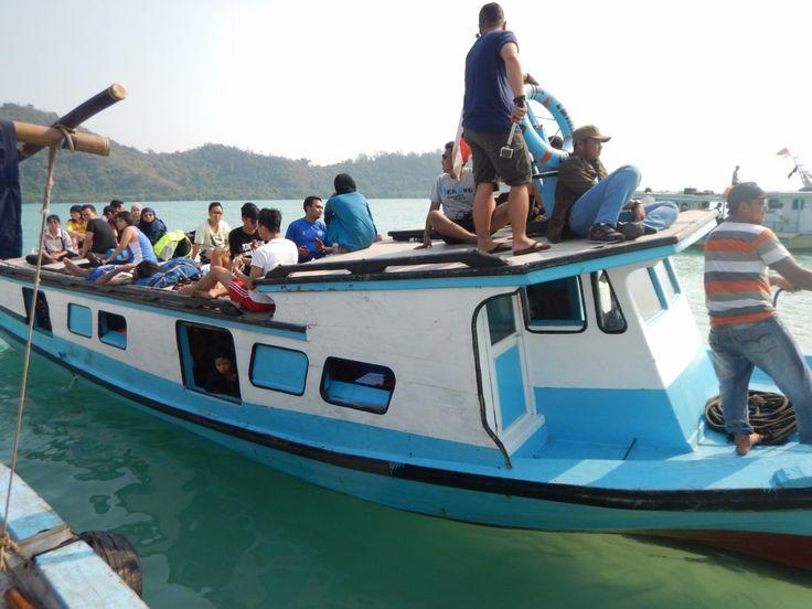 Perjalanan ke Anak Krakatau, Wisata Lampung Backpacker Indonesia