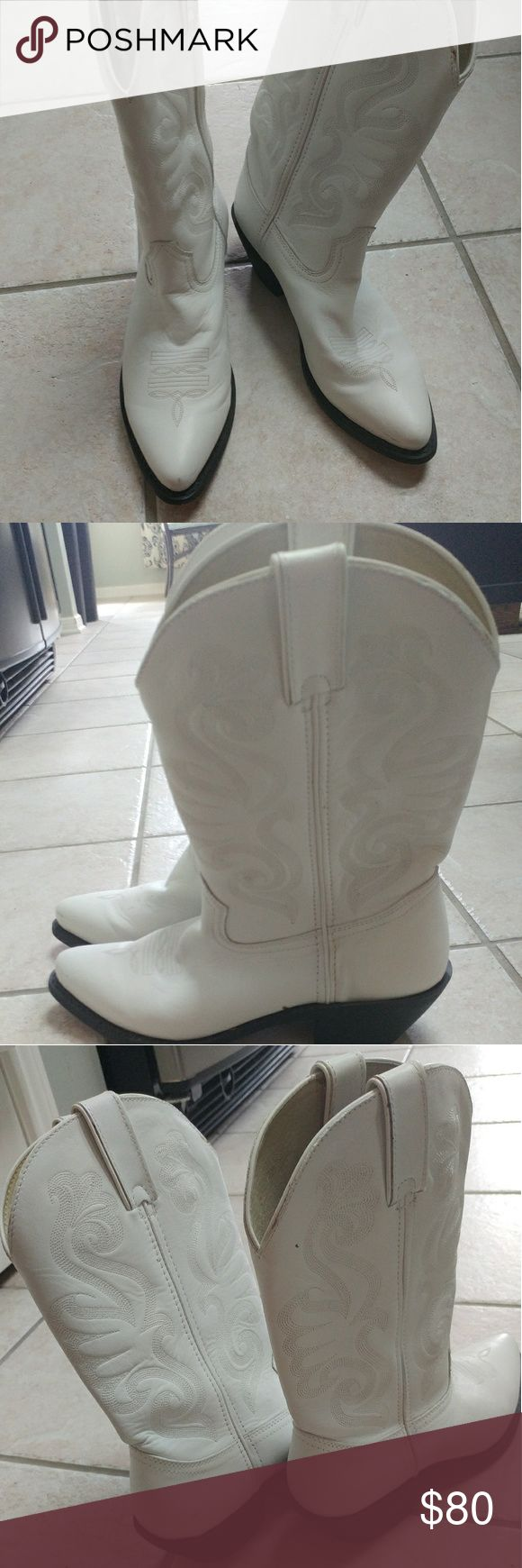 Durango white cowboy boots White cowboy boots, Durango brand. Some small scuffs on back which is pictured. Worn once. Durango Shoes