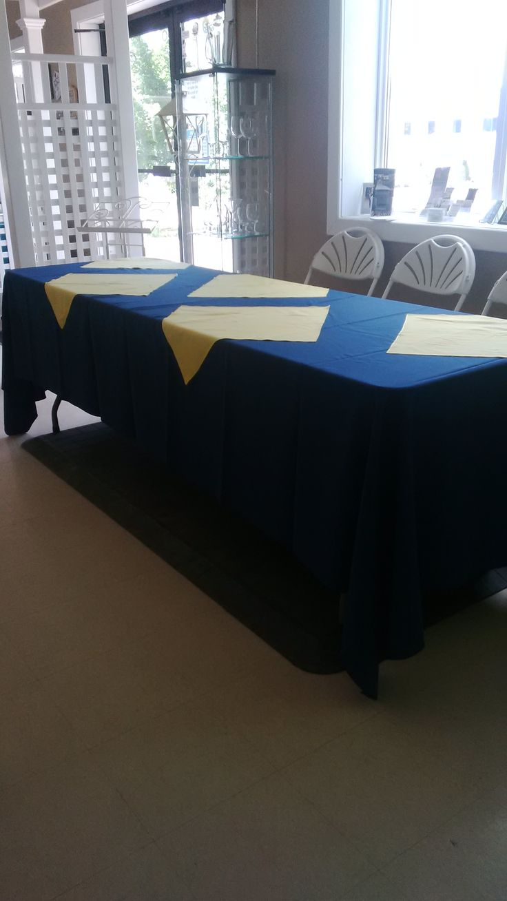 72x144 linen on an 8' table