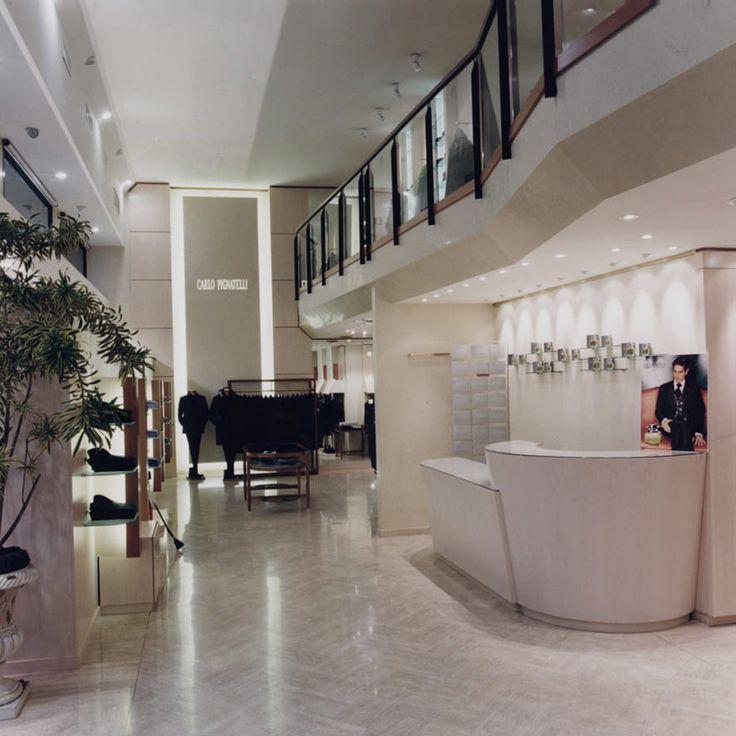 Boutique Carlo Pignatelli Torino via Cernaia 17/G - Tel. 011 533632 boutique.torino@carlopignatelli.it