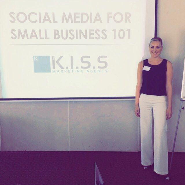 Big thanks to all the amazing attendees at today's Social Media For Small Business 101.  A great turnout and a great group of people! I'm passionate about sharing my knowledge with small business owners  Check out our upcoming courses on our site! ^Darnelle  #SMSB101 #socialmedia #marketingtips #guru #learning