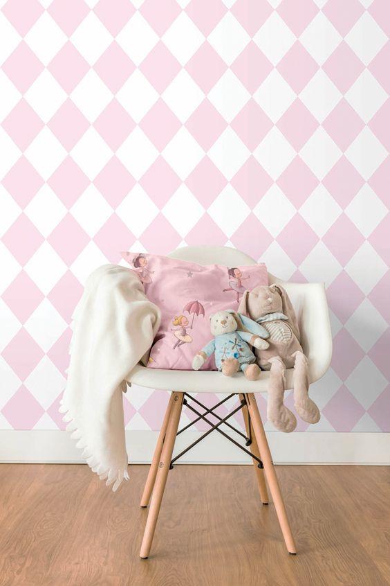Bimbaloo 2 från Intrade - Underbar liten barnkollektion med gulligt tecknade figurer som nallar, lejon, elefanter, dansande ballerinor och snälla sjörövare ute på de Sju haven. Välkommen in i vår butik Colorama Helsingborg/Berga & Ängelholm.#färg#tapet#renovering#colorama#coloramaangelholm#coloramahelsingborg #barnrum #intrade #bimbaloo2