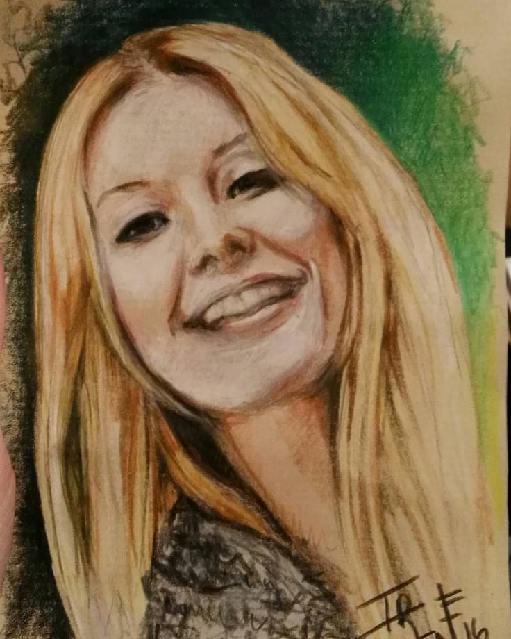 Retrato de una de mis chicas turcas… Te voy a echar de menos Duyguuuu!!💜💜💜 Portrait of one of my Turkish girls… I will miss you Duyguuuu!!💜💜💜 #colourpencils #beautifulgirl #polychromos #drawing #portrait #art #IreneGLdrawings #barcelona #kraftpaper...