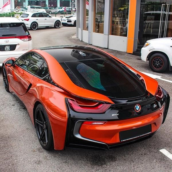 love this BMW i8