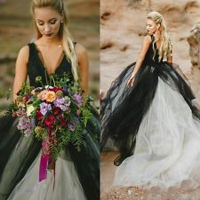 Čierne a biele svadobné šaty Hlboká V Neck rukávov Tyl Svadobné šaty na zákazku 8+