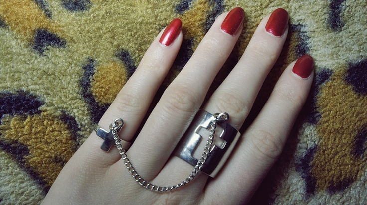 ring / @River Island