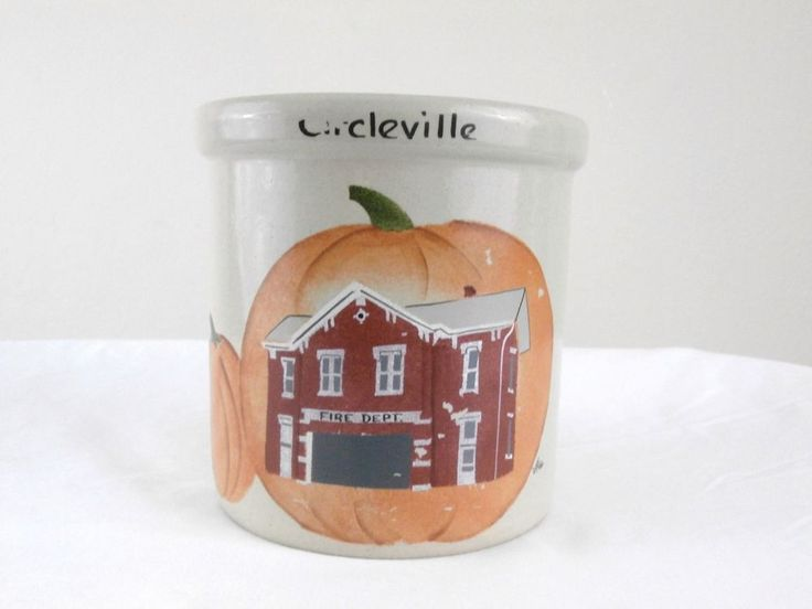Robinson Ransbottom Roseville Pottery 2 Qt. High Jar Circleville Oh Pumpkin Show