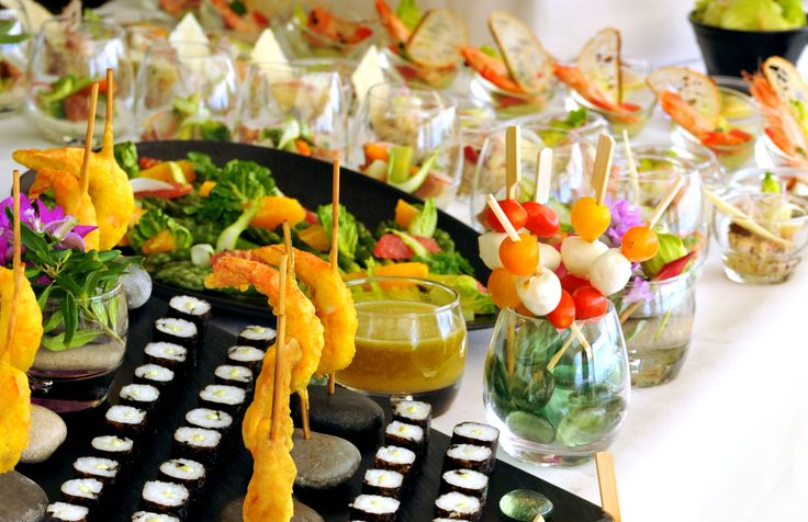 Let's taste one of the best Sunday Brunch on French Riviera. Every Sunday during Summer Time.