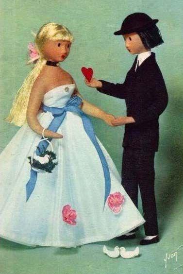 les amoureux de PEYNET créés en 1942 à VALENCE dans la DROME (france)
