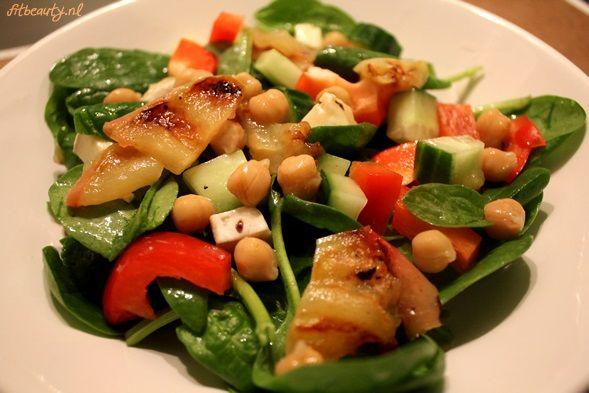 Recept: Spinazie salade met gegrilde appel
