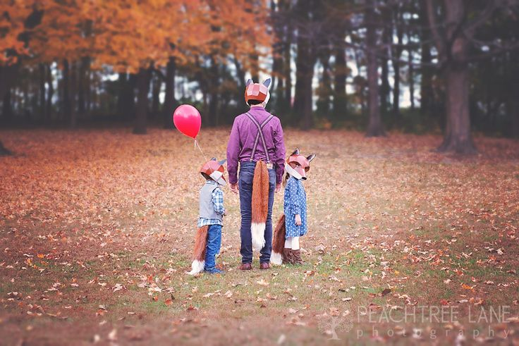 Peoria IL Photography fox masks children fall outdoor