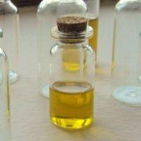 Faire ses propres huiles de beauté naturellement parfumées