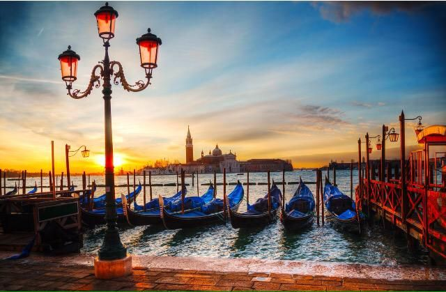 Those lights, that sky, the majestic #beauty of #italy  Quelle luci, quel cielo, la grandiosa #bellezza dell'#Italia