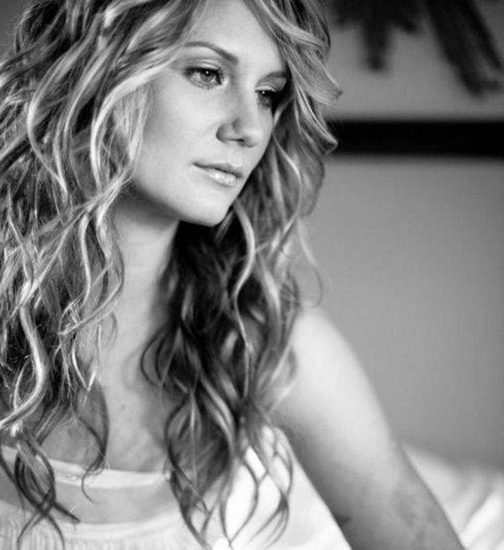Long Jennifer Nettles Hair - Long Hair