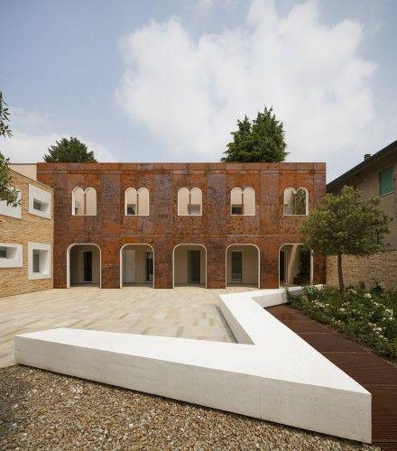 Corten Apartments / 3ndy Studio | ArchDaily