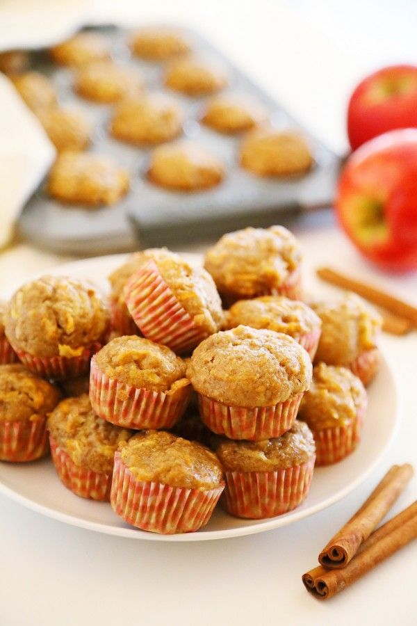 Apple Cinnamon Sweet Potato Mini Muffins - Soft whole wheat muffins with fresh sweet potato and apple bake up a delicious, healthy breakfast! | thecomfortofcooking.com