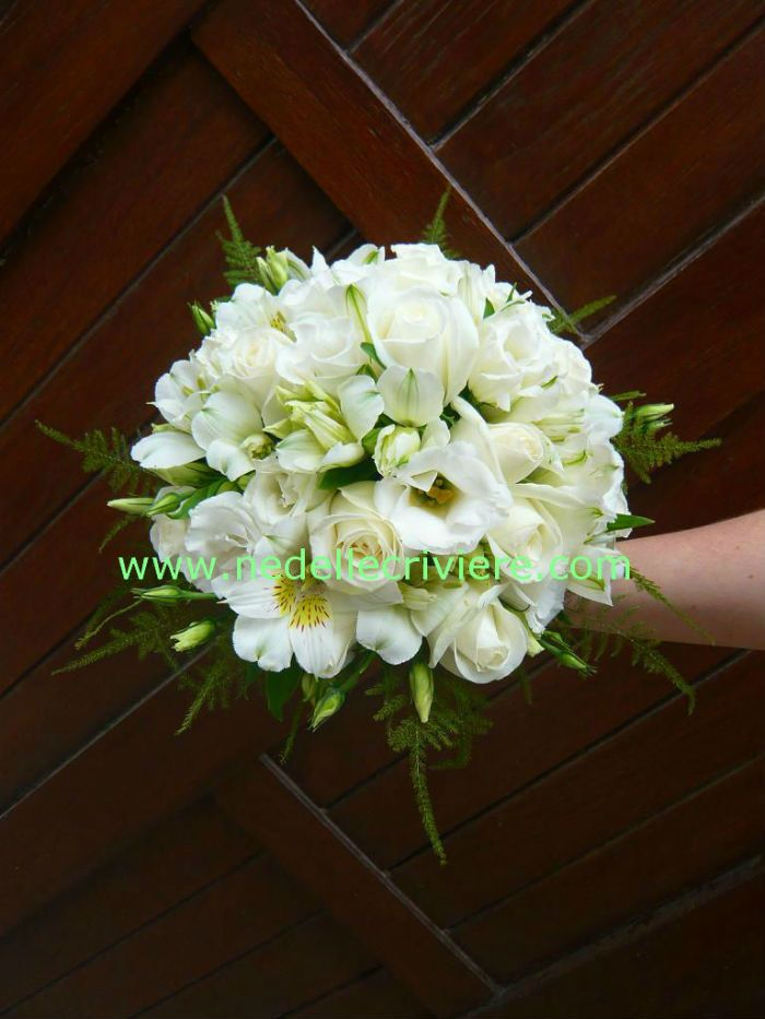 55 best images about bouquet mariage on pinterest for Bouquet roses blanches