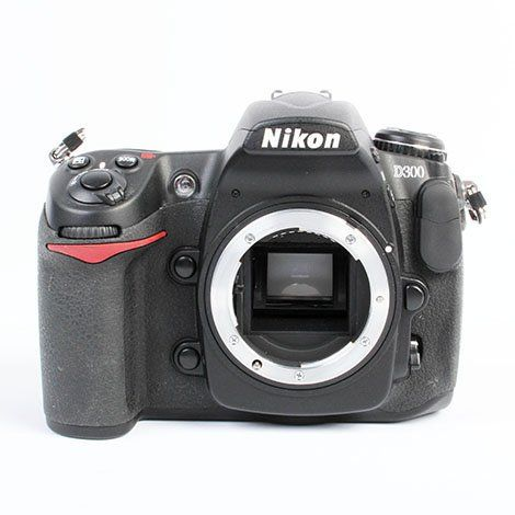 The Nikon D300: Still One of the Best Semi-Professional DSLRs Ever Made #photographytalk