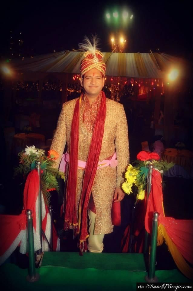 Real Groom Tarun. Read his real wedding story on Shaadimagic.Com