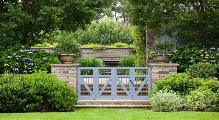 Nelson Byrd Woltz   Landscape Architects - great symmetry