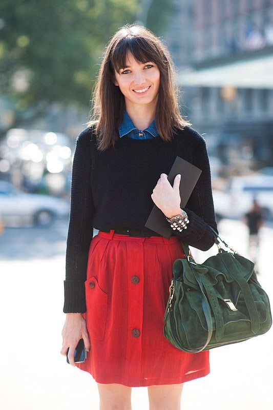 this hair.: Casual Work Outfits, Vanessa Jackman, Christmas Colors, Fashion Week, Street Style, Denim Shirts, New York Fashion, Black Sweaters, Red Skirts