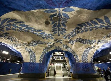 Who said that traveling by subway can't be fascinating and stations can turn into true works of art.