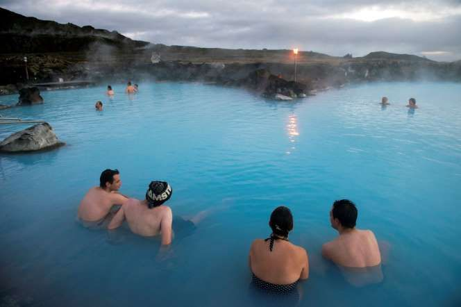 Iceland's unofficial pastime is splashing around its surplus of geothermal water. There are 'hot pot... - Feifei Cui-Paoluzzo / Getty Images