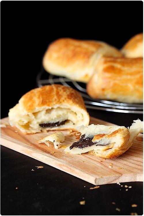 la p te lev e feuillet e recette en images pour croissants et pains au chocolat recette. Black Bedroom Furniture Sets. Home Design Ideas
