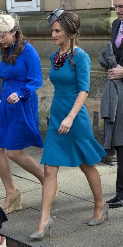 Pippa Middleton. Love this blue dress.