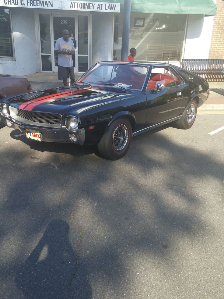 Most muscle cars fit a general profile. Long hood, short trunk, front engine, rear wheel drive, two doors, four seats. This list of muscle cars break the mold and are worlds different from the typi…