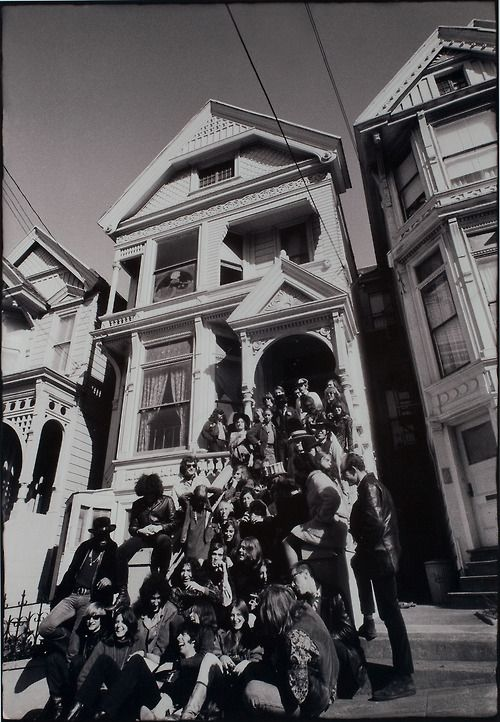 """psychedelic-sixties: """" Grateful Dead """"The Bands on the Steps of 710 Ashbury - 1967 Photo: Herb Greene """""""