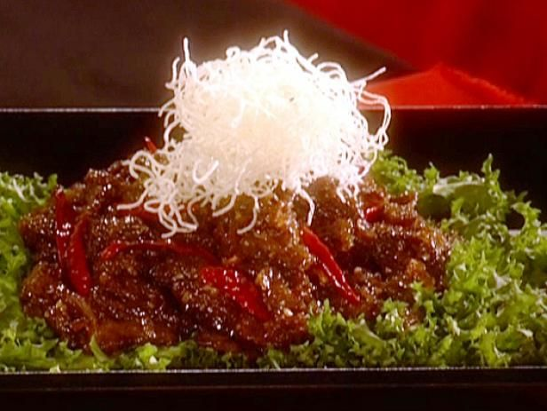 Sandra Lee's Crispy Orange Beef Recipe  Note: The thin rice noodles are optional
