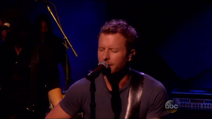 """Dierks Bentley Performs """"Riser"""" on The View--He needs recognition.  His voice and his songs are incredible!"""